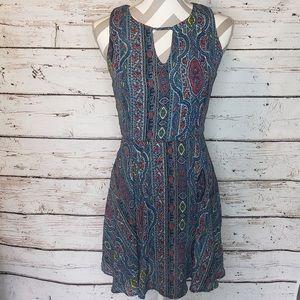 🛒 Dee Elle Mini Dress Sleeveless Keyhole Size Med